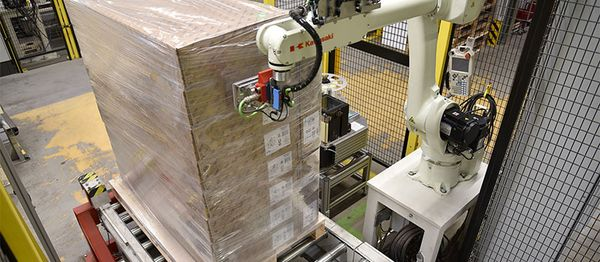 Robotics with print and apply system - REA LABEL